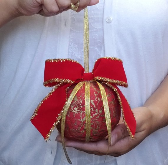 Christmas Ornament Surprise Ball